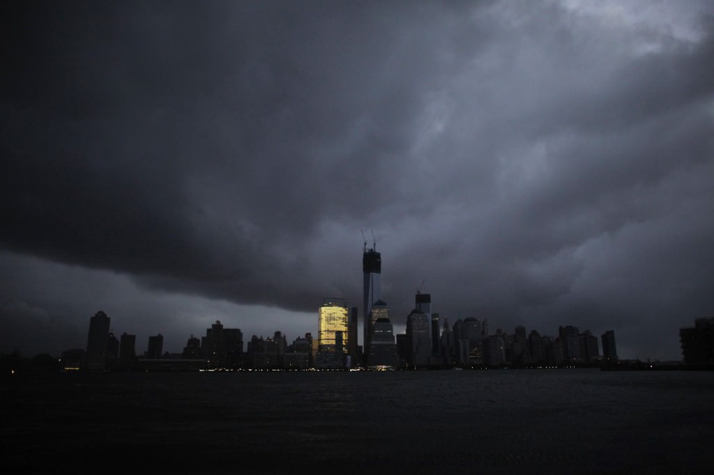 The skyline of lower Manhattan after a power outage caused by Superstorm Sandy. Stefan Leijon, Flickr.